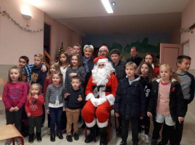 """La magie de Noël avec les """"lutin Malin"""" de la commune de Puisieux Clanlieu !"""