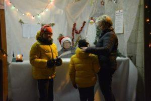 Merveilleux Village de Noël lumineux et enchanté à Autremencourt. ✨