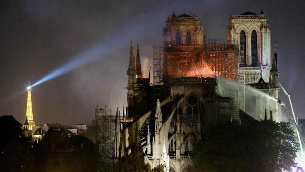 Grande tristesse face à cette catastrophe pour le patrimoine National