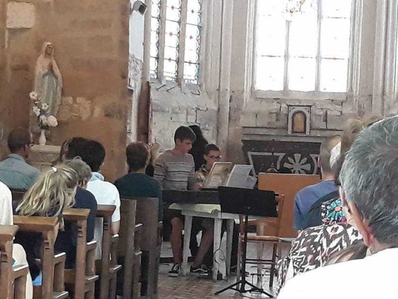 Concert de l école de musique du Pays de la Serre à l église de Mesbrecourt