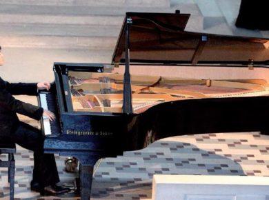 le pianiste Kit Armstrong, concertiste et compositeur international nous a reçus chez lui, à Hirson