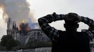 Grande tristesse face à cette catastrophe pour le patrimoine national .