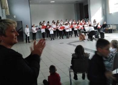 Magnifique Concert avec la chorale du Collège « Charles Brazier » de Crècy!