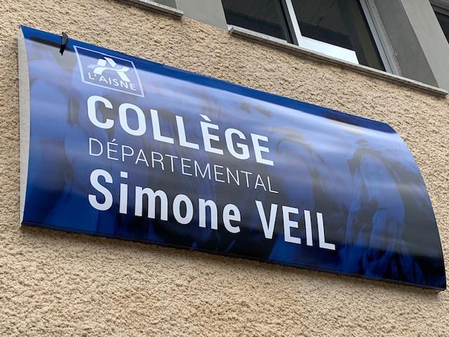 Le collège de Wassigny s'appelle désormais officiellement « Collège départemental Simone Veil »