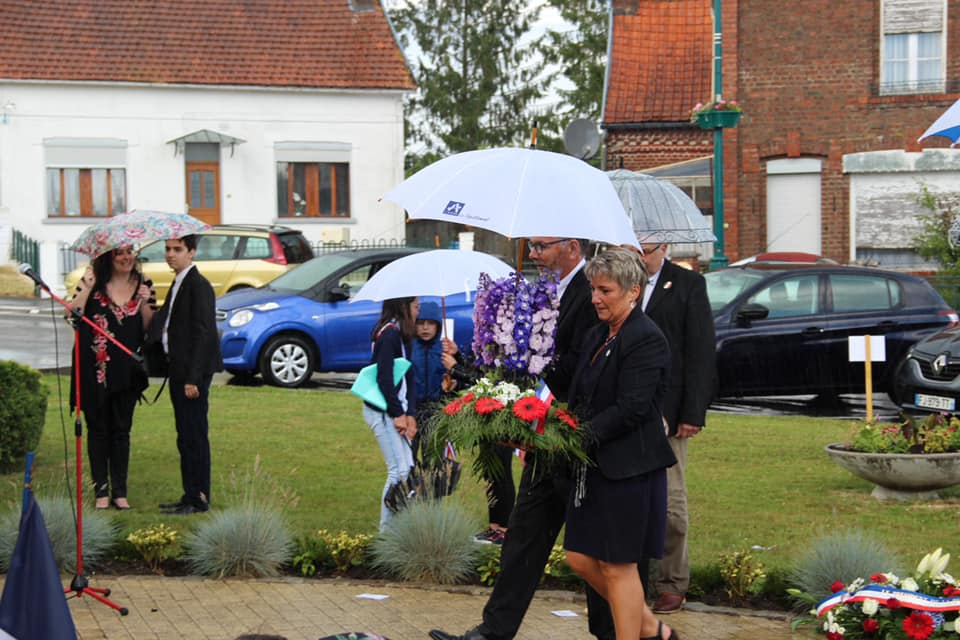 Commémoration du 18 juin  à Boué