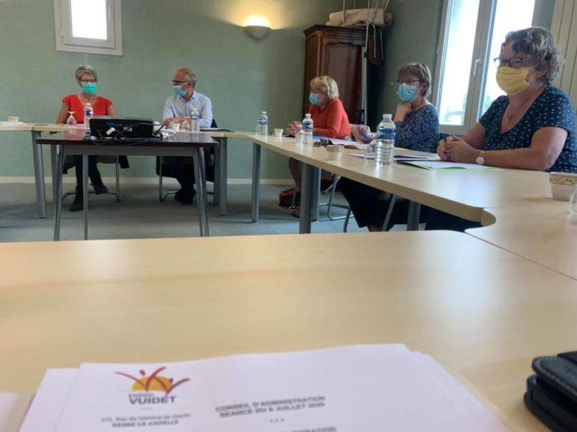 Conseil d'Administration à l'EHPAD VUIDET de La Capelle.